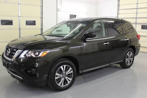 2017 Nissan Pathfinder for sale at RAYBURN MOTORS in Murray KY