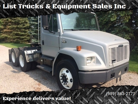 2004 Freightliner FL80 for sale in Vassar, MI