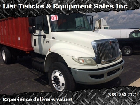 2007 International 4400 for sale in Vassar, MI