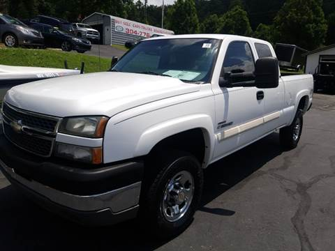 2005 Chevrolet Silverado 2500HD for sale at W V Auto & Powersports Sales in Cross Lanes WV
