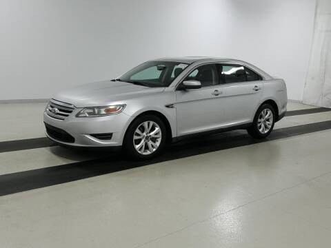2011 Ford Taurus for sale in Orlando, FL