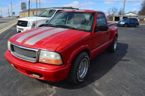 2003 GMC Sonoma for sale in Henry, IL