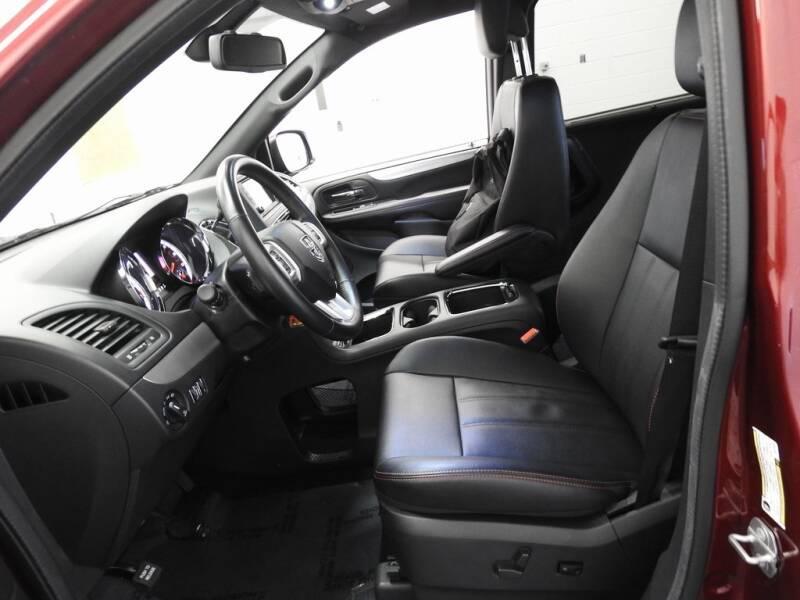 2019 Dodge Grand Caravan GT (image 16)