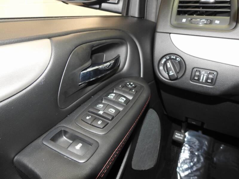 2019 Dodge Grand Caravan GT (image 17)