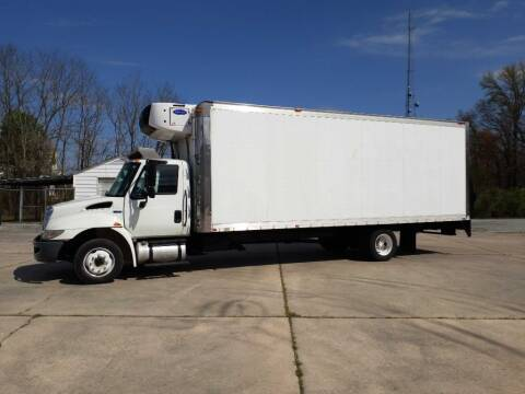 2015 International DuraStar 4300 for sale at EZ Finance Trucks in Harrington DE