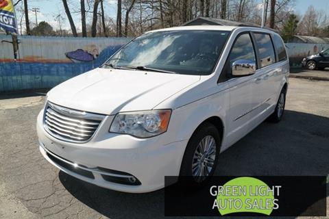 2013 Chrysler Town and Country for sale in Virginia Beach, VA