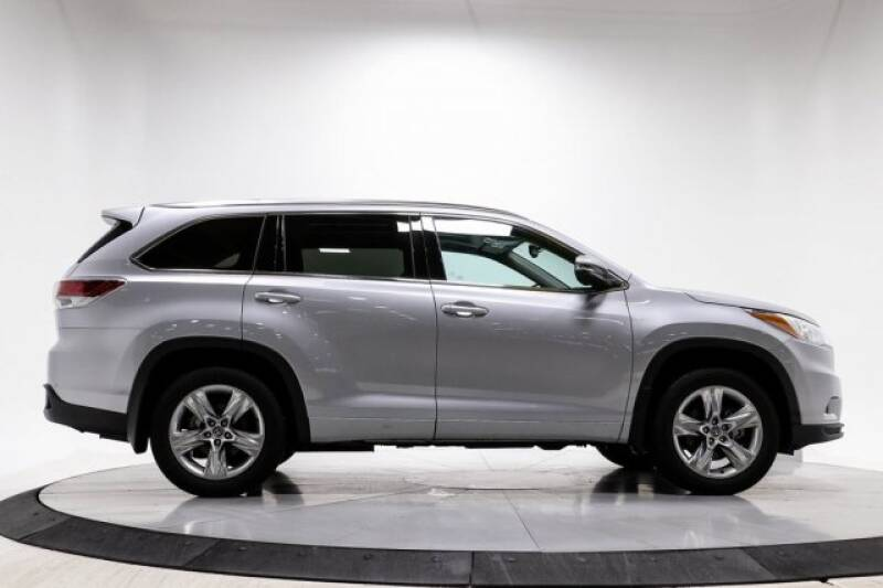 2016 Toyota Highlander Limited Platinum (image 8)