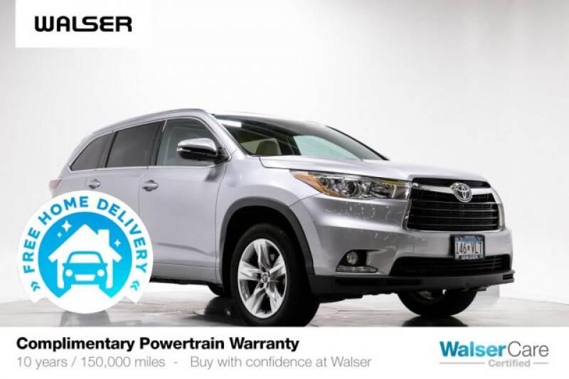 2016 Toyota Highlander Limited Platinum (image 1)