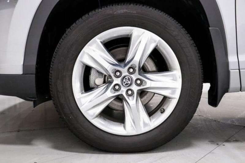 2016 Toyota Highlander Limited Platinum (image 35)