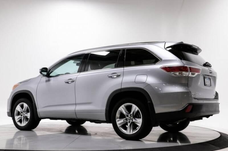 2016 Toyota Highlander Limited Platinum (image 5)