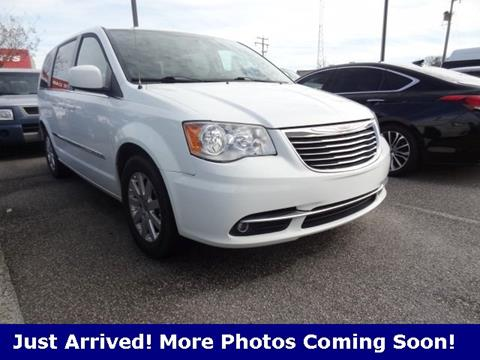 2015 Chrysler Town and Country for sale in Virginia Beach, VA