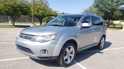 2009 Mitsubishi Outlander for sale at Nationwide Auto in Merriam KS