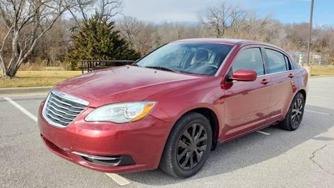 2014 Chrysler 200 for sale in Merriam, KS