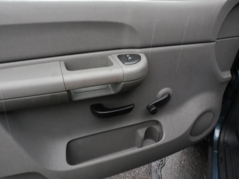 2009 Chevrolet Silverado 1500 Work Truck (image 13)
