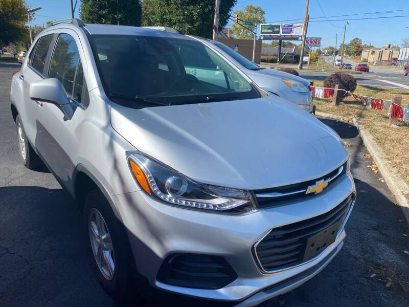 2017 Chevrolet Trax for sale at Right Place Auto Sales in Indianapolis IN