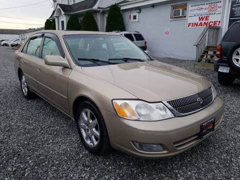 2001 Toyota Avalon XL for sale at Reyes Automotive Group in Lakewood NJ