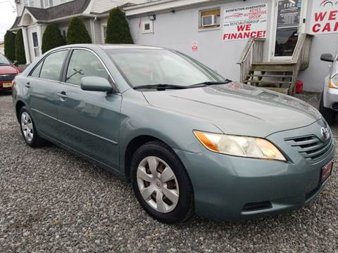 2007 Toyota Camry SE for sale at Reyes Automotive Group in Lakewood NJ