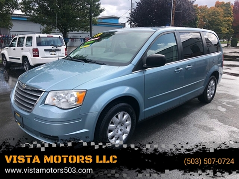 2009 Chrysler Town and Country for sale in Salem, OR