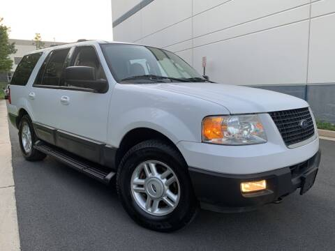 2004 Ford Expedition for sale at PM Auto Group LLC in Chantilly VA