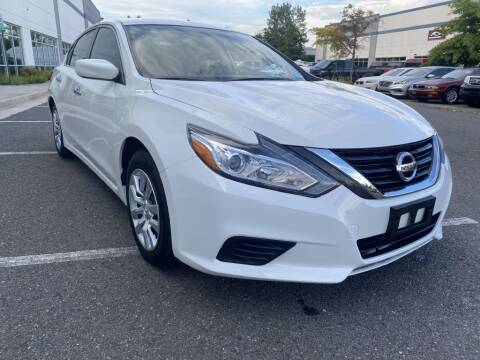 2016 Nissan Altima for sale at PM Auto Group LLC in Chantilly VA