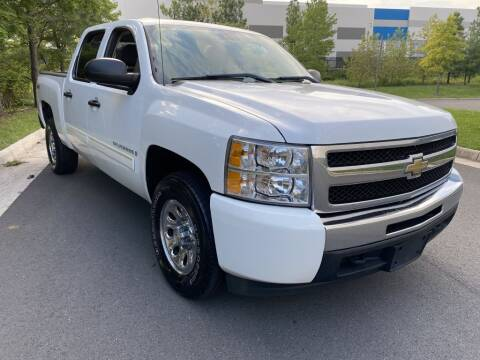 2009 Chevrolet Silverado 1500 for sale at PM Auto Group LLC in Chantilly VA