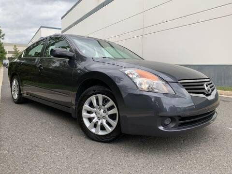 2009 Nissan Altima for sale at PM Auto Group LLC in Chantilly VA