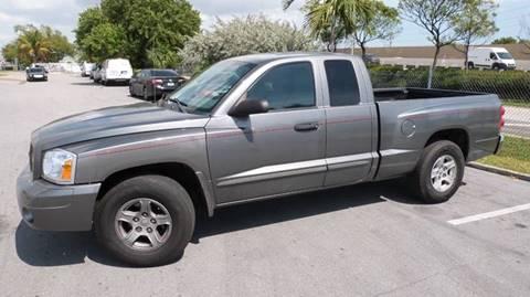 2006 Dodge Dakota for sale at Quality Motors Truck Center in Miami FL