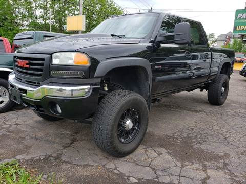 2004 GMC Sierra 2500HD for sale in Wadsworth, OH