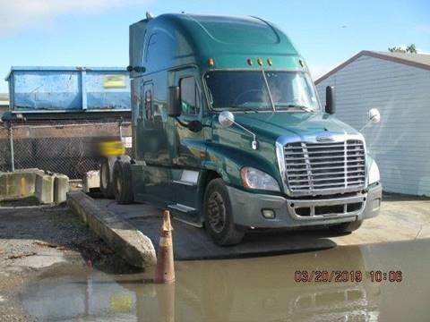 2015 Freightliner Cascadia >> 2015 Freightliner Cascadia For Sale In Opa Locka Fl