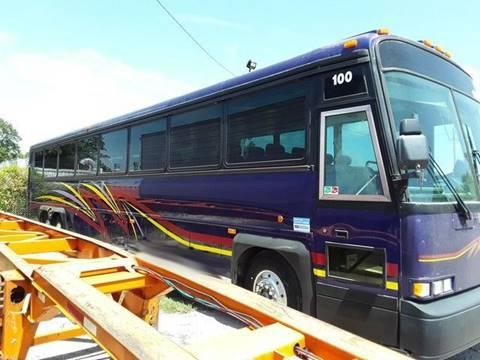 2001 Motor Coach Industries D4500