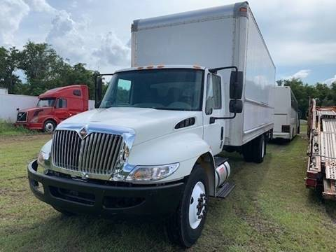 2012 International DuraStar 4300 for sale in Groveland, FL