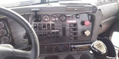 2007 Freightliner Columbia 112