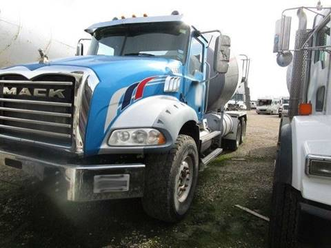 2010 Mack GU 813 for sale in Mckinney, TX