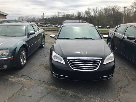 2013 Chrysler 200 for sale in Jackson, MI