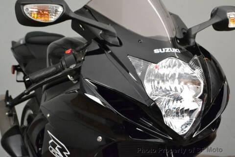 2019 Suzuki GSX-R600 for sale at SF Moto in San Francisco CA
