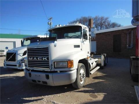 2000 Mack CH613 for sale in Rolfe, IA