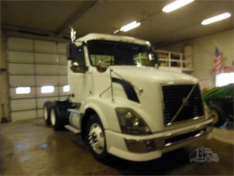 2007 Volvo VNL64T300  for sale in Rolfe, IA
