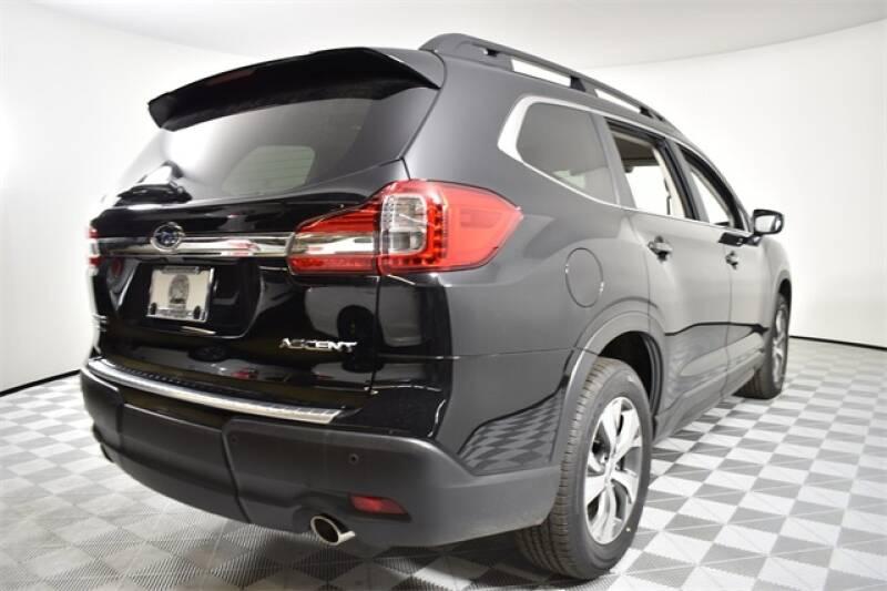 2020 Subaru Ascent Premium 8-Passenger (image 23)