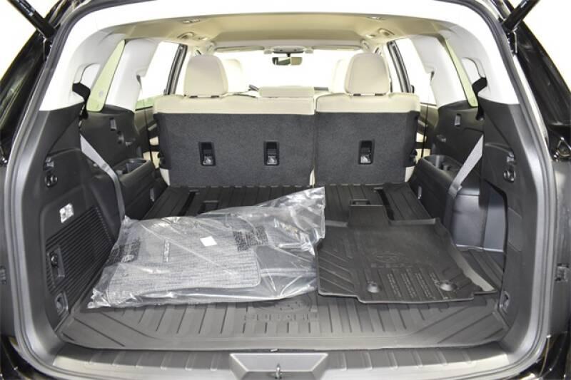 2020 Subaru Ascent Premium 8-Passenger (image 27)