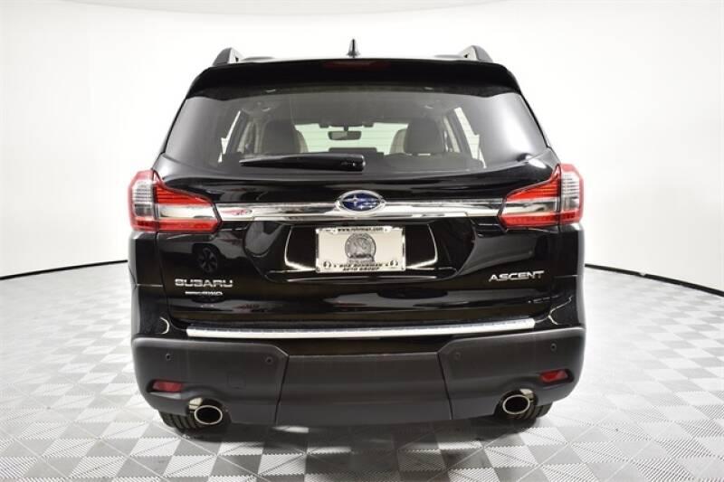 2020 Subaru Ascent Premium 8-Passenger (image 24)