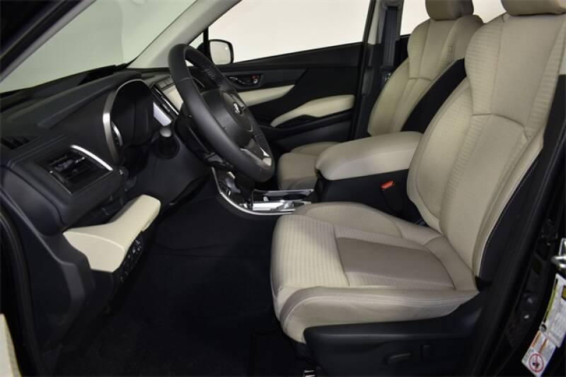 2020 Subaru Ascent Premium 8-Passenger (image 16)