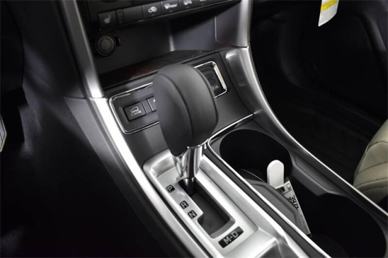 2020 Subaru Ascent Premium 8-Passenger (image 8)