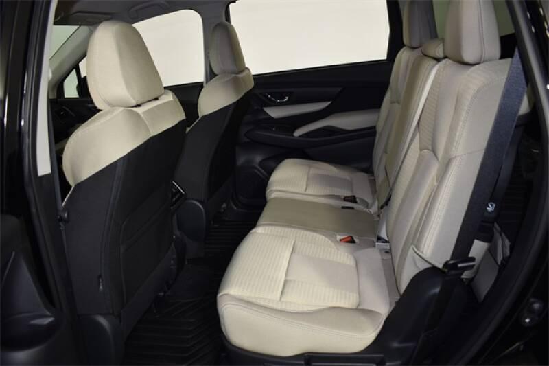 2020 Subaru Ascent Premium 8-Passenger (image 17)