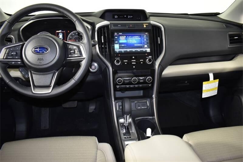 2020 Subaru Ascent Premium 8-Passenger (image 3)