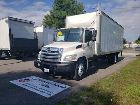2011 Hino 268 for sale in Orlando, FL