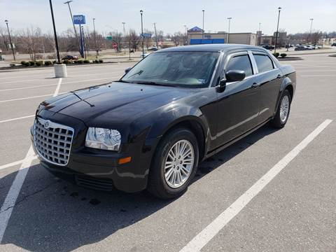 2009 Chrysler 300 for sale at Auto Hub in Grandview MO