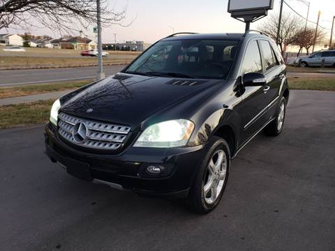 2006 Mercedes-Benz M-Class for sale at Auto Hub in Grandview MO