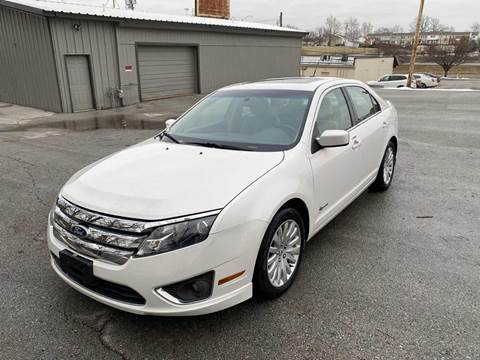 2010 Ford Fusion Hybrid for sale at Auto Hub in Grandview MO