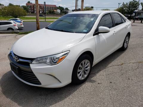 2015 Toyota Camry for sale at Auto Hub in Grandview MO