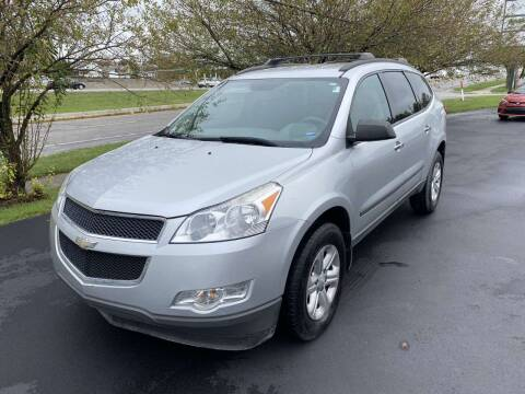 2012 Chevrolet Traverse for sale at Auto Hub in Grandview MO